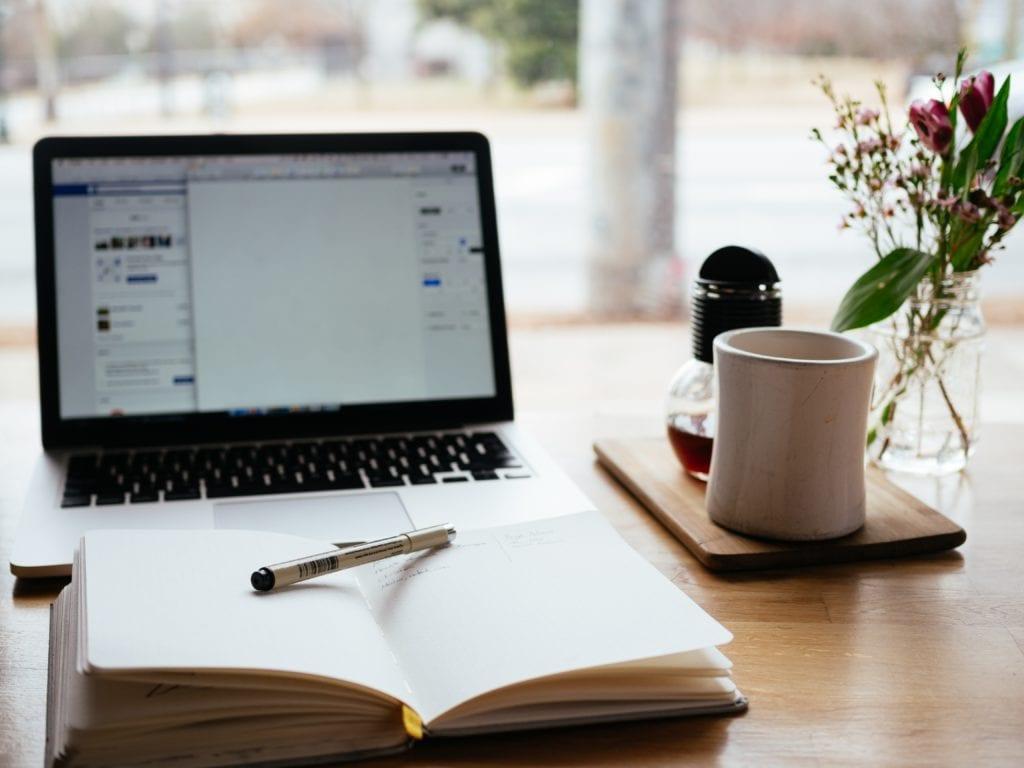 White label blogging