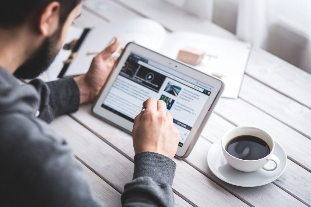 what are white label blogging services?